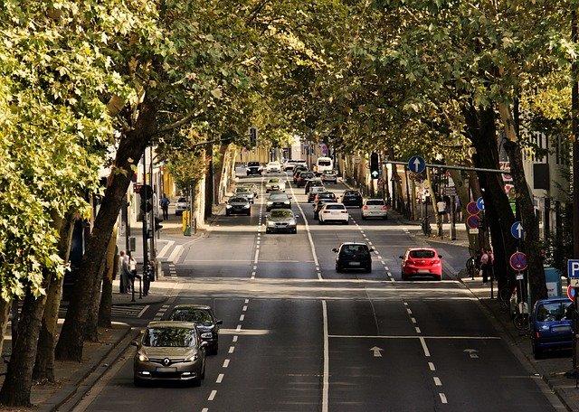 Banco lanza beneficio para sus clientes: seguro de automóviles