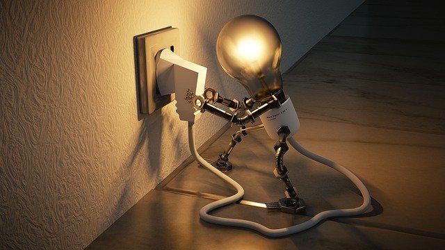 Sigue estos consejos y pagaras menos por la luz